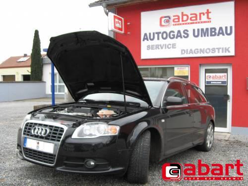 Audi S4-B7-Avant-4,2-V8