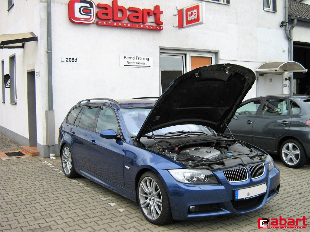 BMW 325xi-Touring-E91