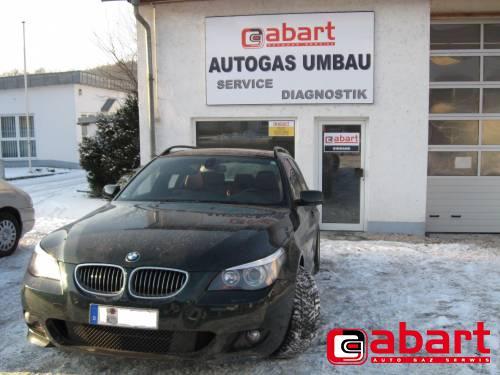 BMW 530i-Touring-E61