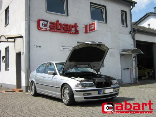 BMW 320i-E46