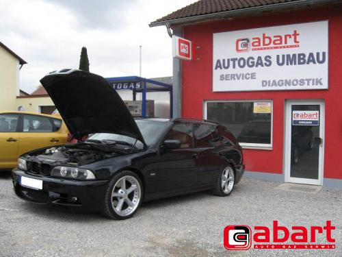 BMW Touring-530i