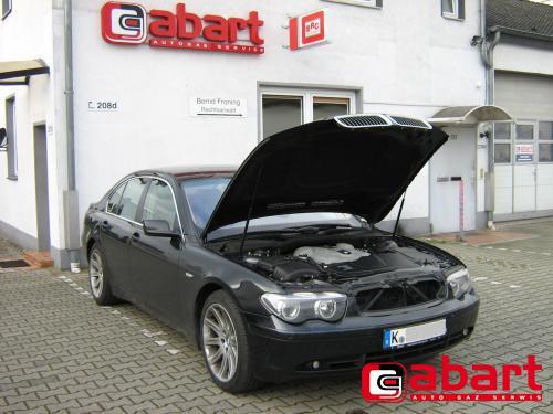 BMW 745i-E65