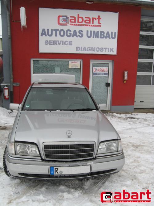 Mercedes-Benz C180-W202