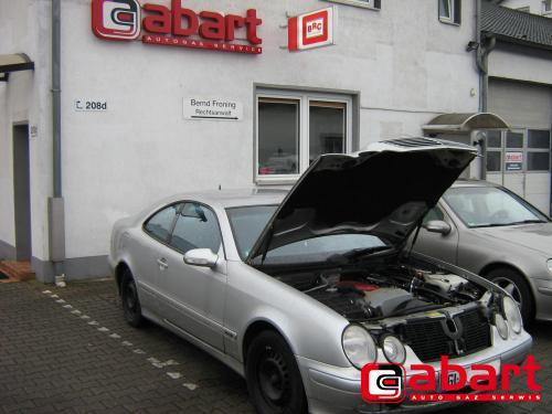 Mercedes-Benz CLK-230-kompressor-W208