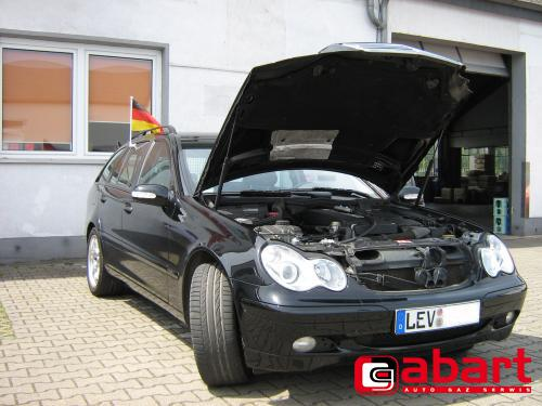 Mercedes-Benz C180T-kompressor-W203