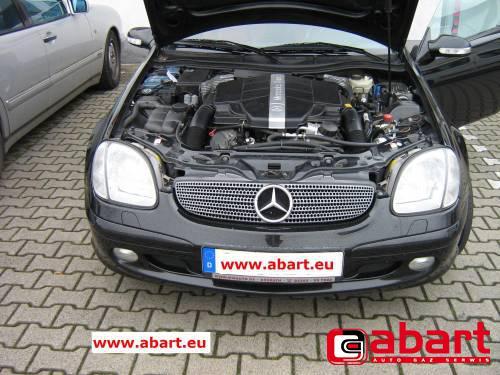 Mercedes-Benz SLK-320
