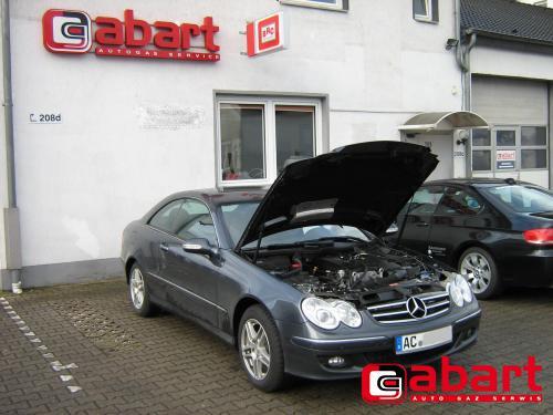 Mercedes-Benz CLK-200-kompressor-W209