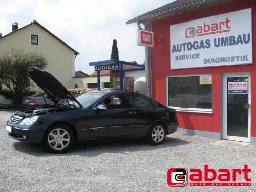 Mercedes-Benz CLK-240-W209
